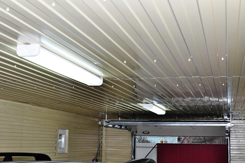 Отделка стен гаража  чем отделать стены в гараже